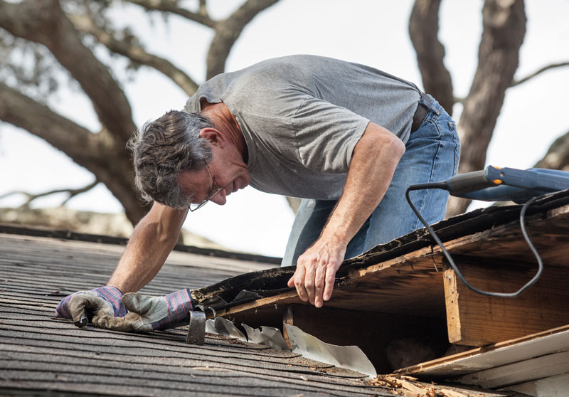 3 Signs You Should Consider a New Roof